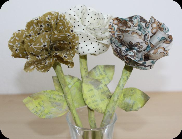 fleur en tissu fleurs kanzashi en tissu prima fleur en. Black Bedroom Furniture Sets. Home Design Ideas