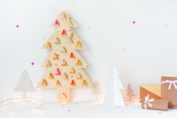wooden_tree_advent_calendar