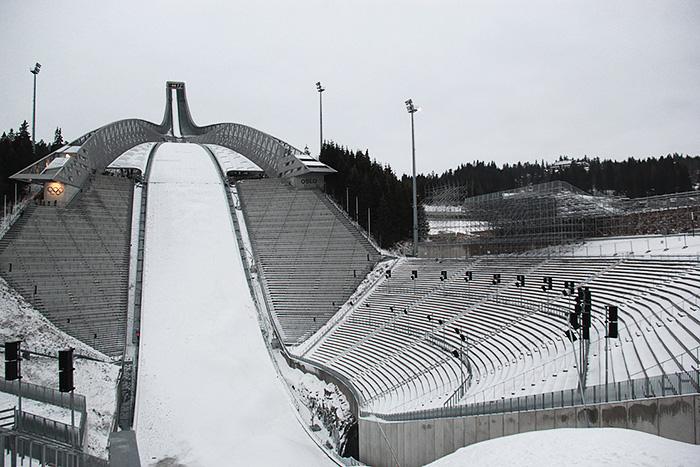holmenkollen-Holmenkollbakken-norvege-trempli-ski