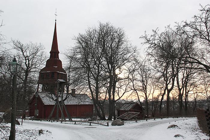 skansen-stockholm-hiver-église-lalouandco
