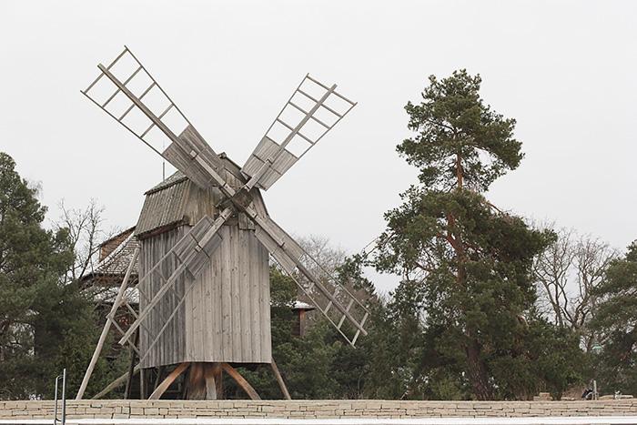 skansen-stockholm-hiver-moulin-lalouandco