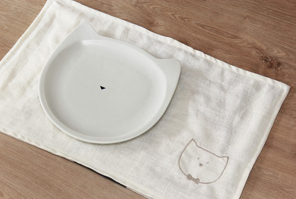 Le set de table de Monsieur Chat [broderie gratuite]