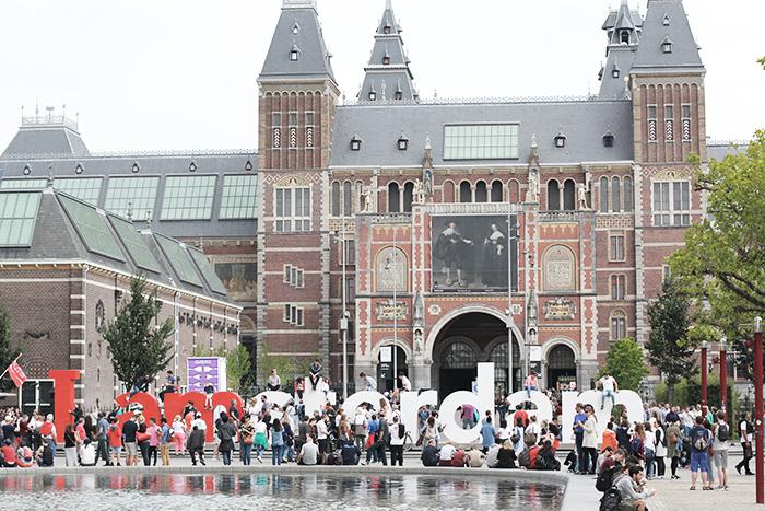 amsterdam-cityguide-lalouandco-I-amsterdam