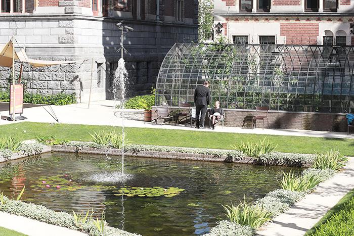 amsterdam-cityguide-lalouandco-fontaine