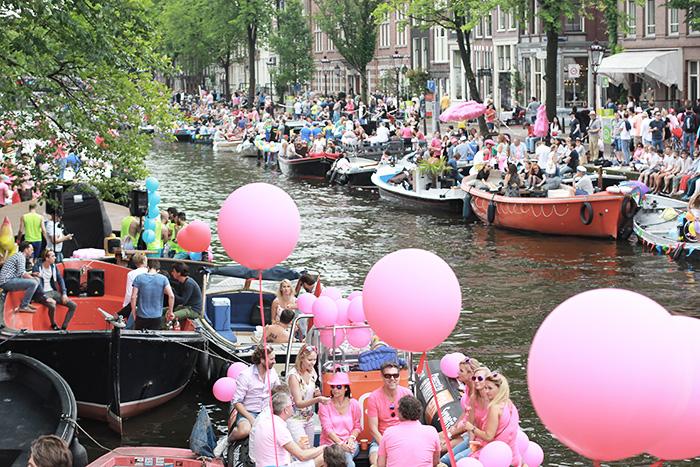 amsterdam-cityguide-lalouandco-gaypride