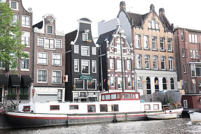 amsterdam-cityguide-lalouandco-maisonnettes