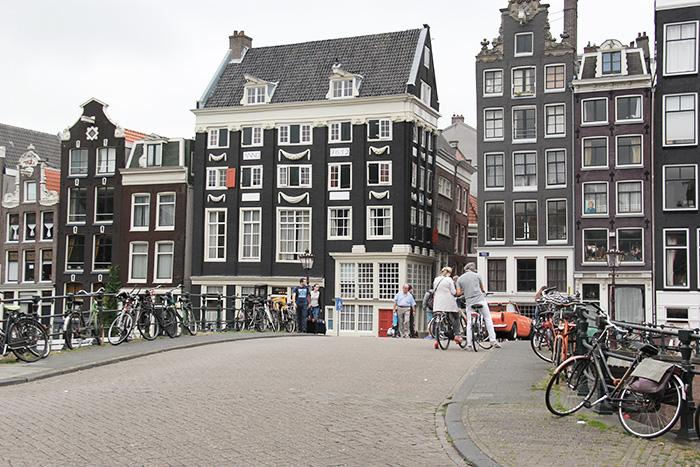 amsterdam-cityguide-lalouandco-promenade
